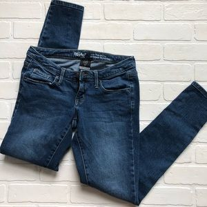 Mossimo Low Rise Skinny Jeans Size 4